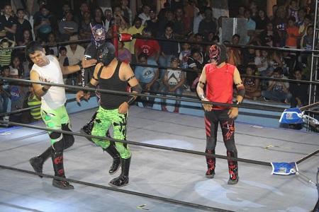 Con gran función gratuita en la Arena México, se celebra este sábado 21 de septiembre el Día Nacional de la Lucha Libre.