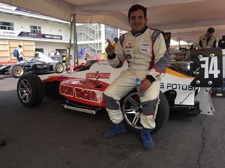 Triunfa Enrique Reyna del equipo Don Tacho en la Fórmula 1800 mexicana
