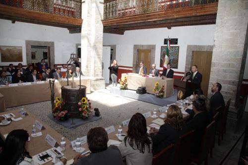 Reconoce el Congreso, legado histórico de Rafael Montejano y Aguiñaga, a 100 años de su nacimiento