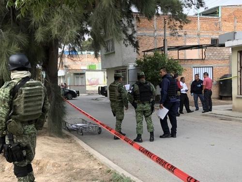 Encuentran tres personas sin vida, al interior de una vivienda en la Col. San José