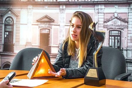 Universitaria obtiene primer lugar en concurso Internacional de Moda y Diseño