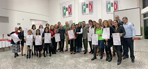 """Clausura PRI curso-taller de empoderamiento político de la mujer, """"El Arte de Hablar en Público"""""""
