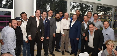 JM Carreras refrenda compromiso con trabajadores y empresarios del estado