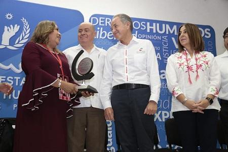 Reconoce JM Carreras compromiso de asociaciones civiles para la búsqueda de personas desaparecidas