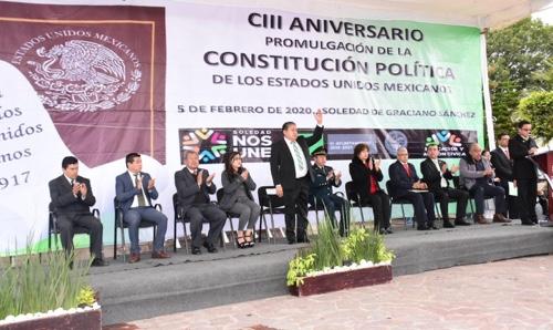 Encabeza alcalde GHV ceremonia de aniversario de promulgación de la Constitución